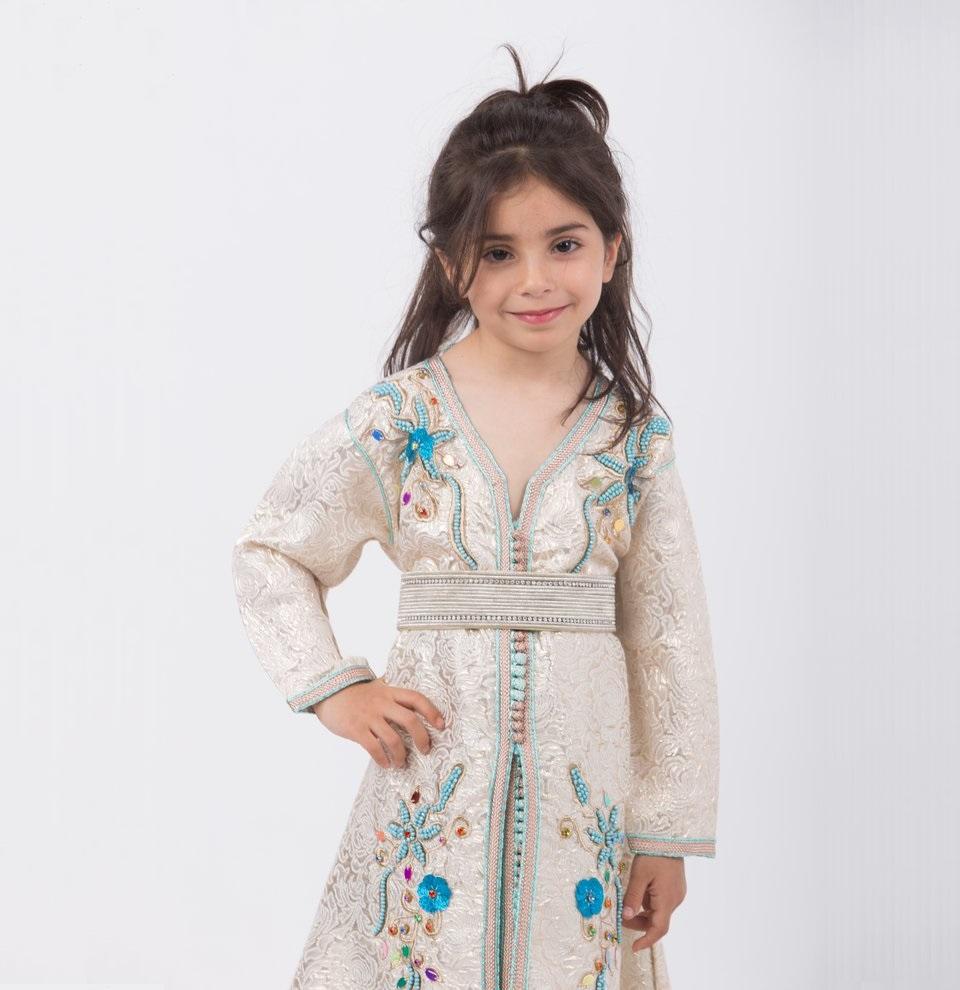 Magasin de location du caftan marocain petites filles