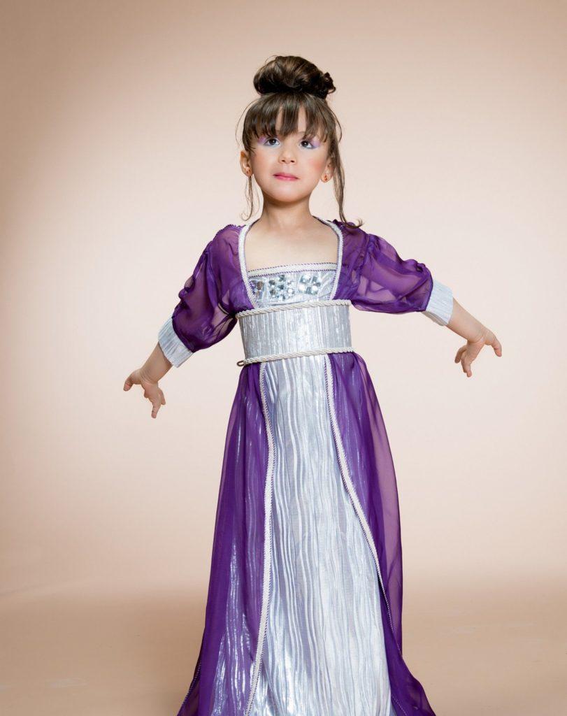 nouveau modèle du caftan marocain pour petites filles