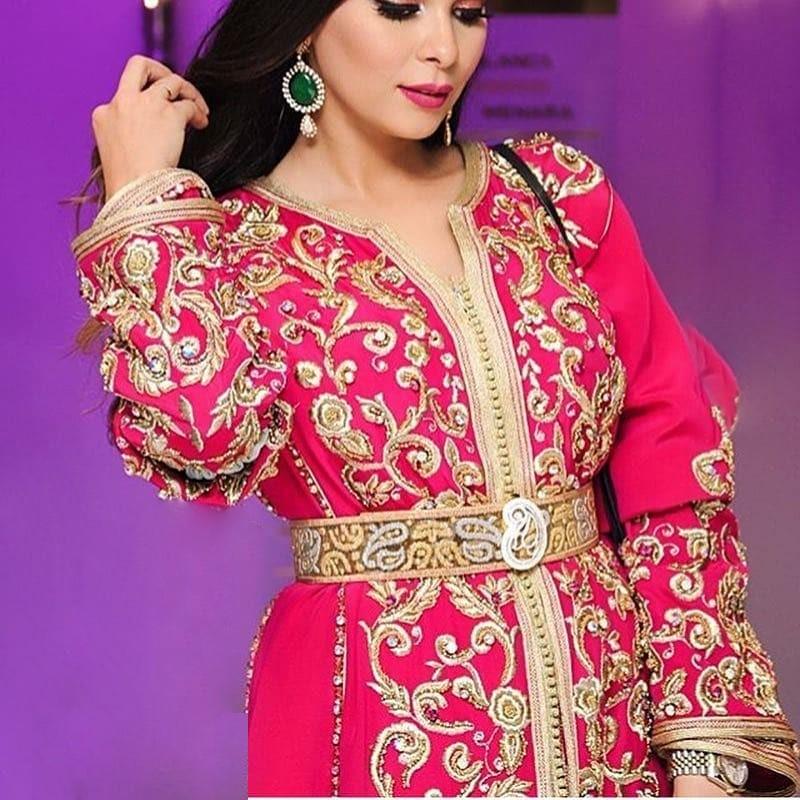 location takchita marocaine grande taille 2019 caftans marocains. Black Bedroom Furniture Sets. Home Design Ideas