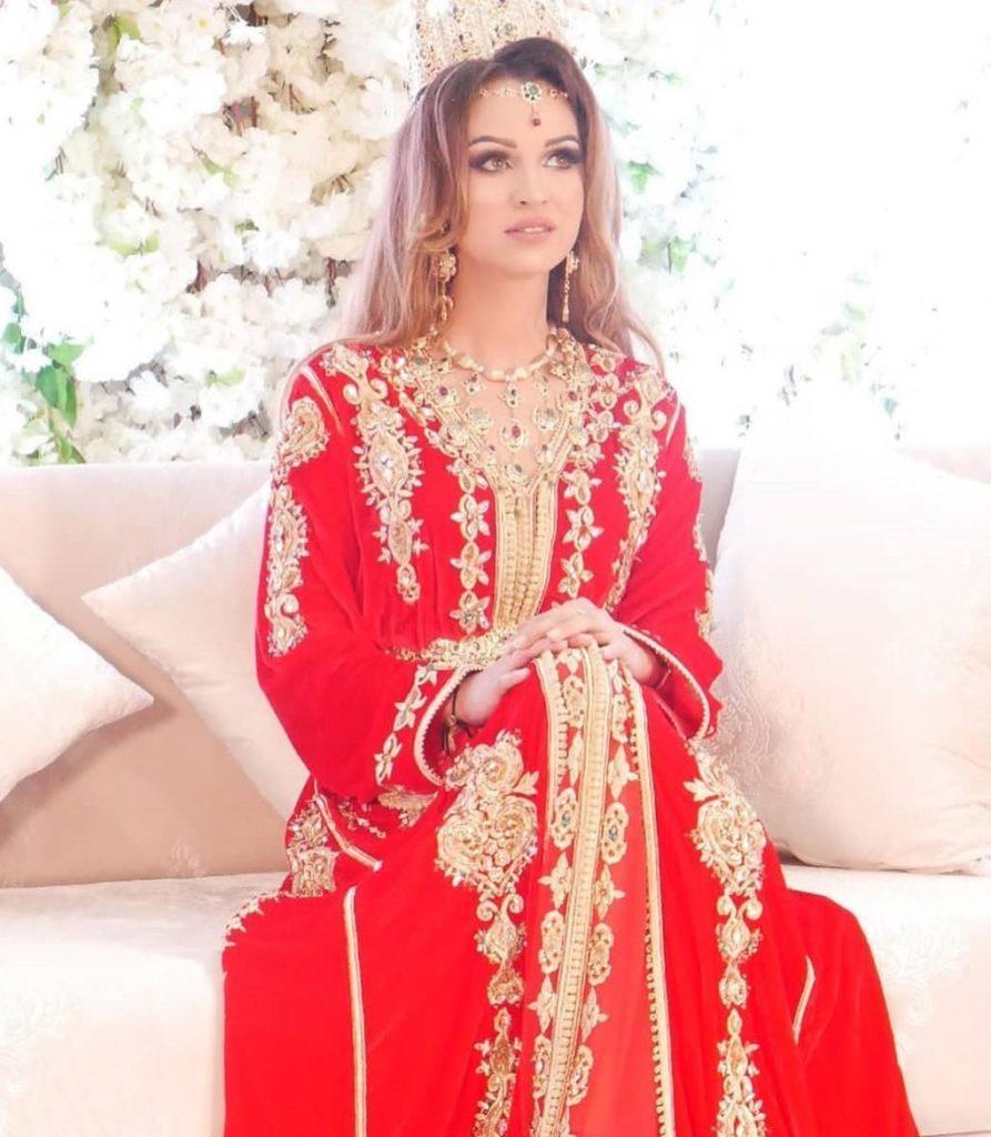 Caftan rouge pour mariage